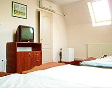 Olcsó Velencei-tó szállás négyágyas szoba